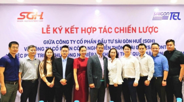SIGNING CEREMONY OF THE STRATEGIC COOPERATION BETWEEN SAIGONTEL AND SGH ON THE DEVELOPMENT OF SAIGON – CHAN MAY INDUSTRIAL PARK AND NON – TARIFF ZONE.